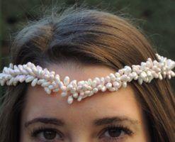 Corona para novia de porcelana