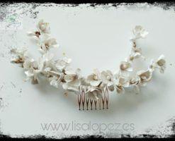 Peineta de flores de porcelana para novias en Mallorca