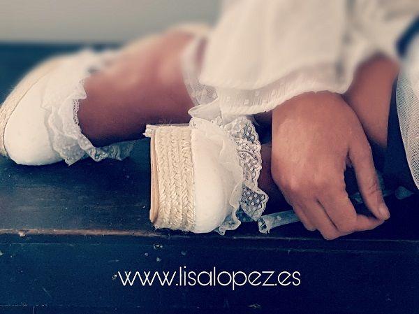 #alpargatasnovia,#alpargatasboda,#novias,#bodas,#tocadosmallorca,#tocadosporcelana,#zapatosnovia,#mallorca,#ibiza,#madrid,#barcelona,#bloggers,#fashion,#shoes,#love