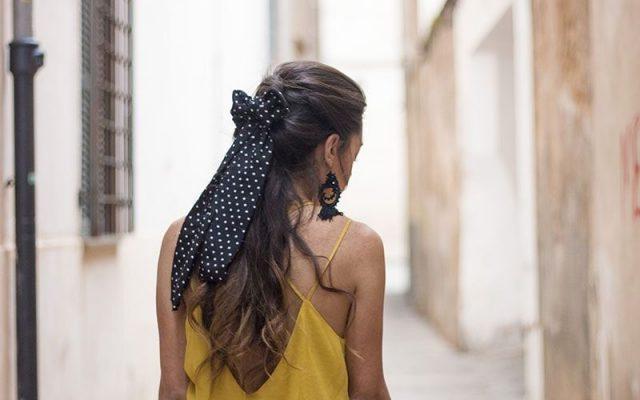 Lazos para el pelo, el accesorio favorito de las invitadas